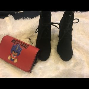 SHI BLACK ANKLE BOOTS